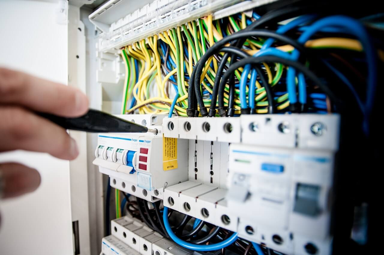شركة تأسيس السباكة والكهرباء 0536287874   تمديد الصرف الصحي الخارجي